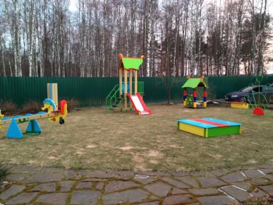 Новый проект детской площадки для дачи