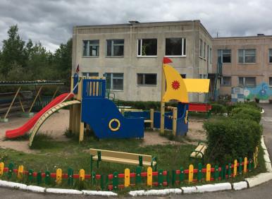 Новая детская площадка в ДС деревне Лосево