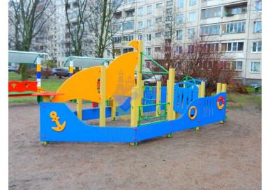 игровой комплекс в виде корабля